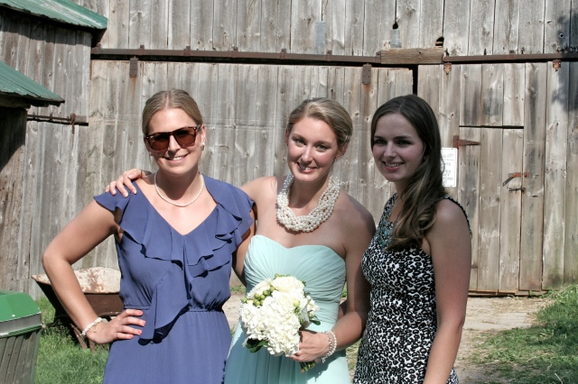 My cousin Larissa (also a bridesmaid), Alison (the Bride!) and I